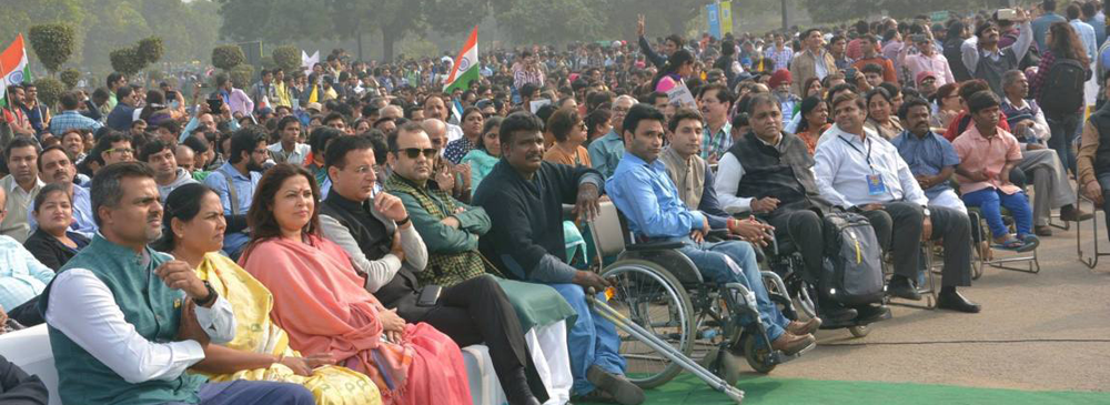 Dignitaries at The NCPEDP-VEER Walk To Freedom organized at India Gate on the occasion of the International Day of Persons with Disabilities on 3rd December, 2015.